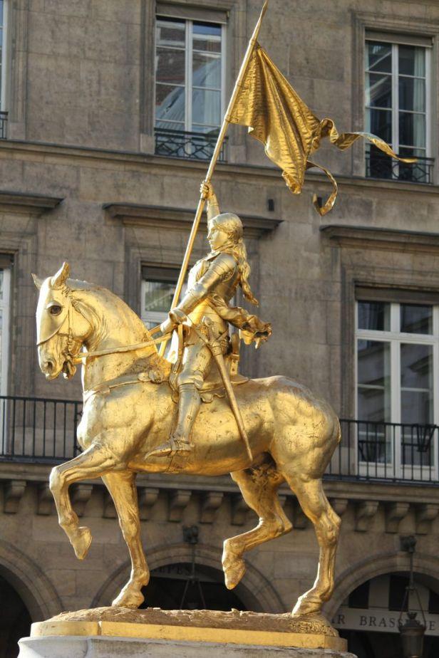 statue-of-joan-of-arc-rue-de-rivoli.jpg