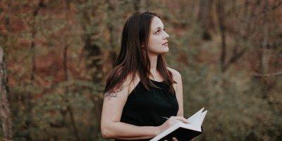 Erica Roman Widow